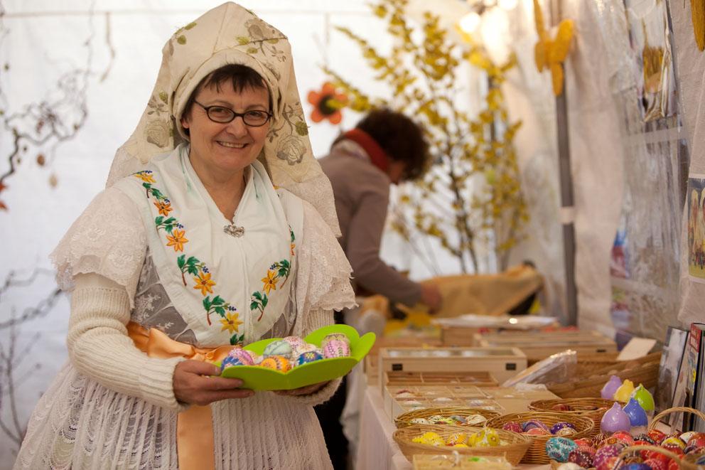 Ostereier bemalen in den Späth'schen Baumschulen